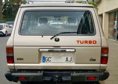 1988 toyota land cruiser hj61 rear end