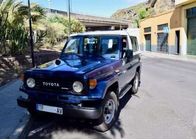Toyota Land Cruiser HZJ73