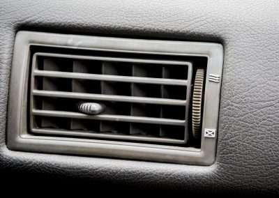 Toyota Hilux LN65 air vent 2
