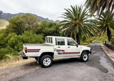 Toyota Hilux LN65 exterior 18