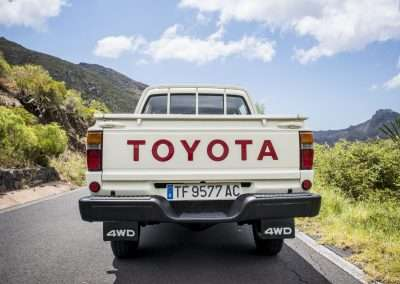 Toyota Hilux LN65 exterior 44