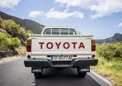 Toyota Hilux LN65 exterior 44