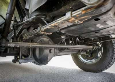 Toyota Hilux LN65 front axle