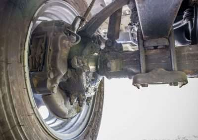 Toyota Hilux LN65 front axle 10
