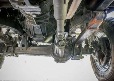 Toyota Hilux LN65 front axle 12