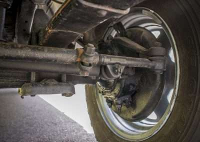 Toyota Hilux LN65 front axle 5