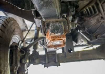 Toyota Hilux LN65 front axle 9