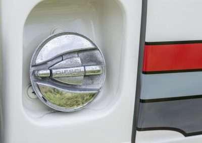 Toyota Hilux LN65 gas cap