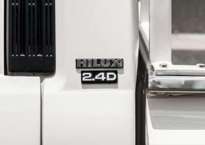 Toyota Hilux LN65 hilux badge 1