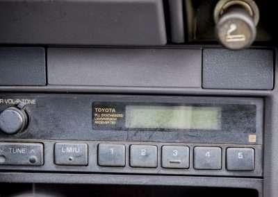 Toyota Hilux LN65 radio