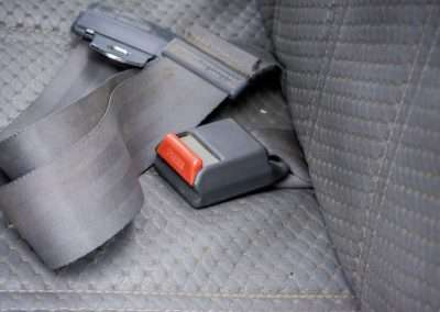 Toyota Hilux LN65 rear seatbelt 6