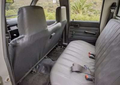 Toyota Hilux LN65 rear seats full