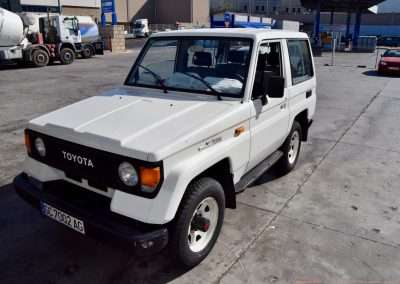 1988 Toyota Land Cruiser LJ70 exterior 1