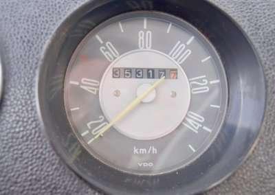 1971 VOlkswagen Doka Interior 086