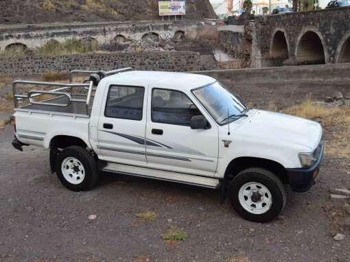 1992 Toyota Hilux LN105